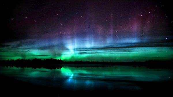 Загадочное сияние появилось на небе Шотландии