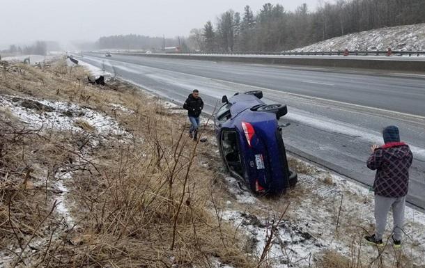 ДТП из-за снегов в Канаде