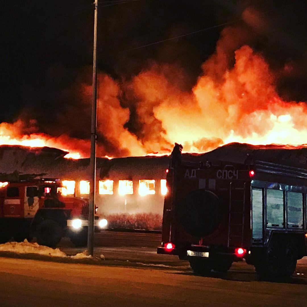 Пожар магазина в Тюмени